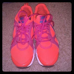 Nike sneakers with memory foam.